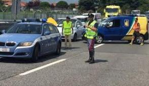 Pericoloso incidente: un' autocisterna manda in tilt il traffico sulla strada per l'aeroporto
