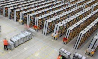 Amazon cerca 100 giovani lavoratori