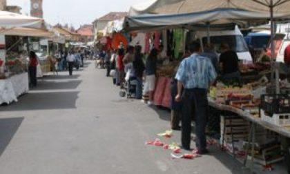 Il sindaco incontra la popolazione al mercato