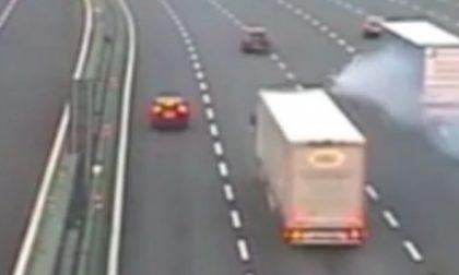 Incidente mortale: le immagini dello schianto tra auto e Tir