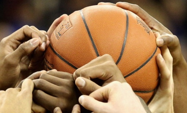 Basket, Rivarolo vince il derby del Canavese