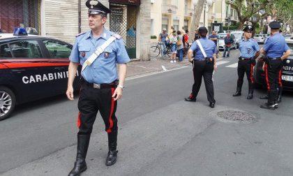 Carabiniere salva bambina che stava soffocando con un grissino