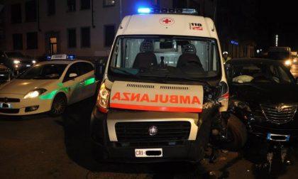 Ambulanza contro un'auto: muore il paziente del 118