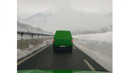 """Emergenza neve e terremoto in centro Italia , dalla città metropolitana parte un'altra """"squadra"""""""