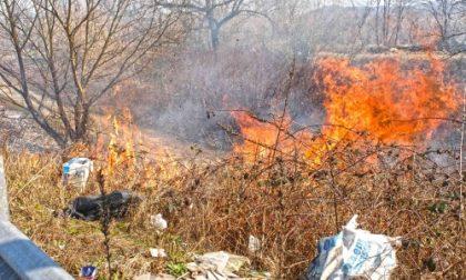 Attenzione: incendio sulla Strada Regionale 11 prima dell'Uscita Settimo - Castiglione