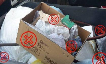 Venaria, controlli tra i cassonetti dei rifiuti per migliorare la differenziata