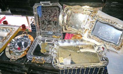 Dieci tonnellate di argento falso: sequestri e perquisizioni anche a Settimo e San Mauro