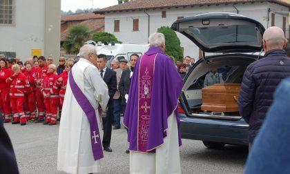 Una folla commossa ai funerali di Milena Matta