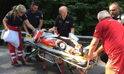 Chivasso-Castagneto, incidente alla prima curva: motociclista a terra