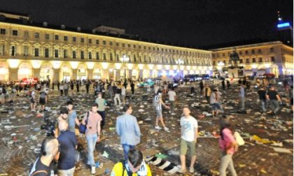 """Feriti in piazza San Carlo: l'Asl offre """"supporto psicologico"""""""