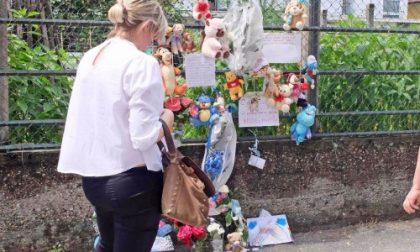 I funerali del piccolo Giovanni a Settimo, nelle prossime ore la conferma dell'ipotesi