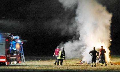 I vandali danno fuoco al parco Berlinguer