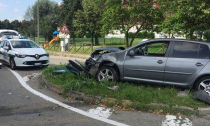 Incidente stradale: scontro tra due mezzi
