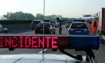 Incidente sull'autostrada Torino-Milano: è caccia al pirata della strada