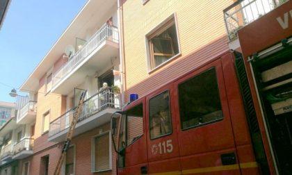 Settimo, incendio in un appartamento