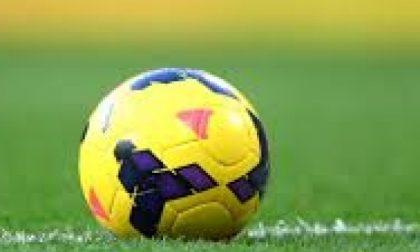 Giovani multati mentre giocano a calcio nello stadio Grande Torino