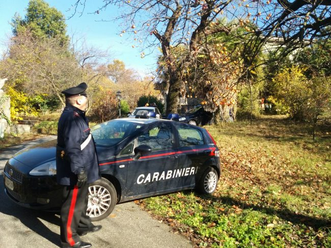Omicidio a Castellamonte: 60enne trovato morto, ucciso nel sonno