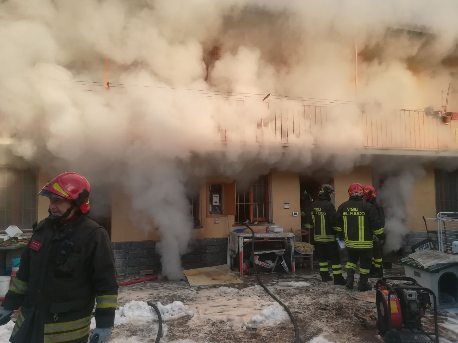Incendio cascina