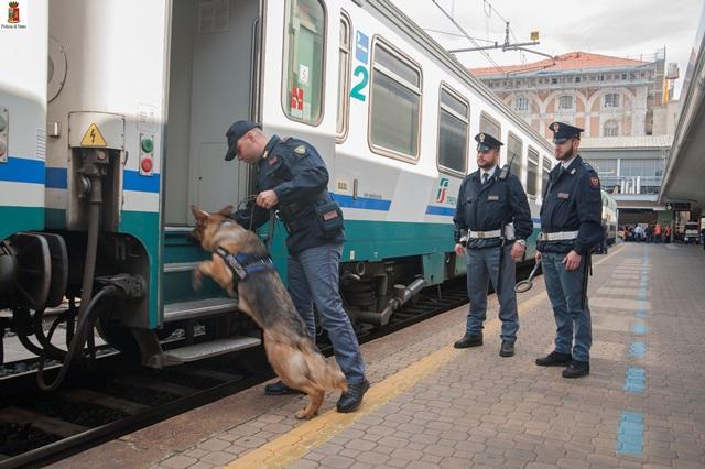 Fuga di Natale, sei minorenni ritrovati su treni e stazioni
