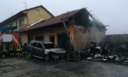 Incendio lavanderia industriale tutto distrutto LE FOTO