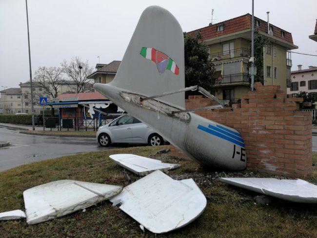 Danneggiato monumento al Grande Torino