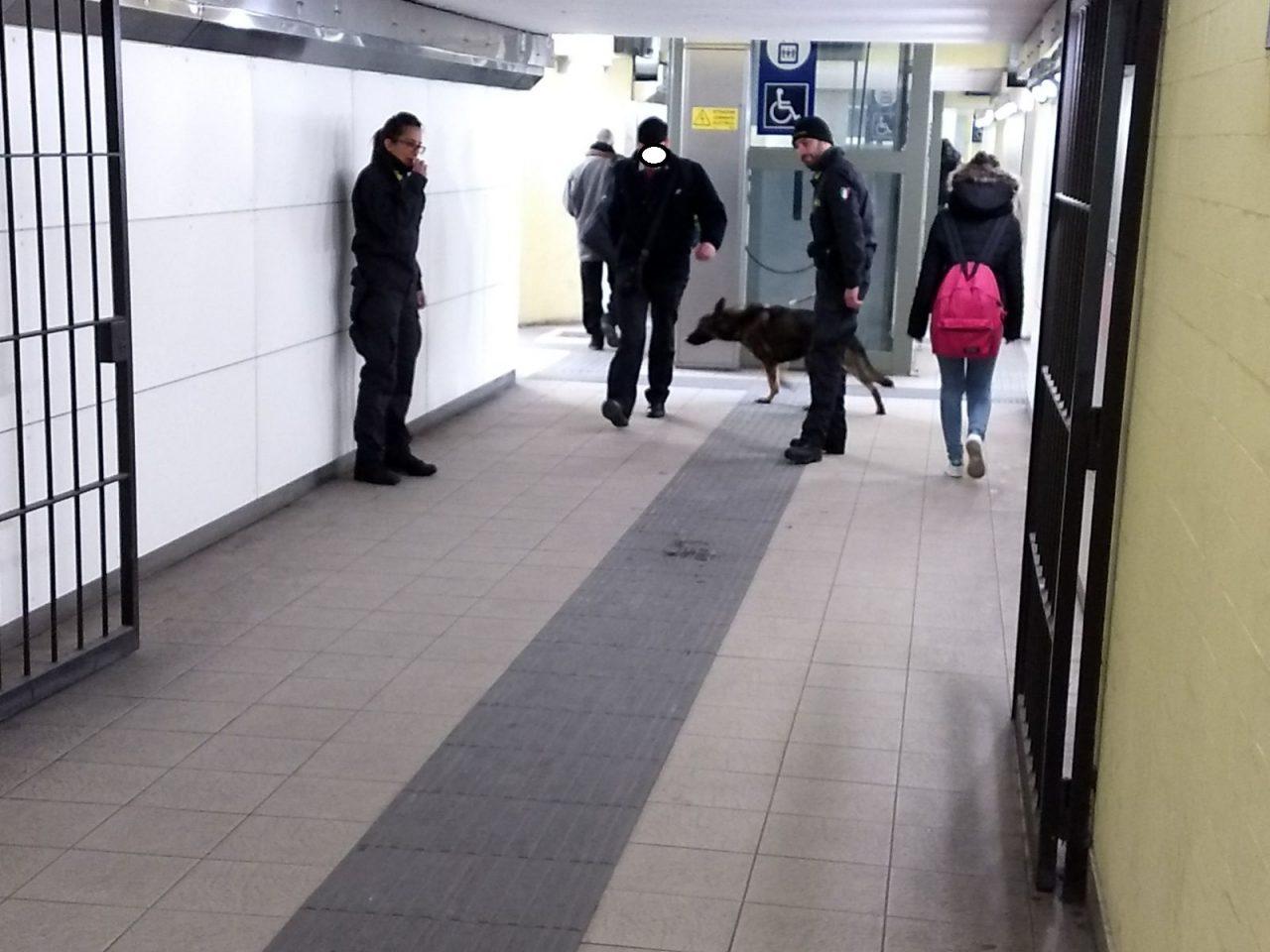 Rapina ragazzi in stazione. Fortunatamente sabato 6 ottobre la Polfer ha arrestato un italiano. E