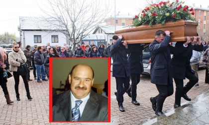 Morto edicolante commozione ai funerali del volto storico del parco Pertini LE FOTO