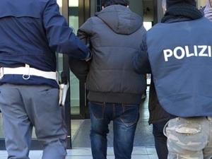 YuoPol l'app arresta un gruppo di spacciatori