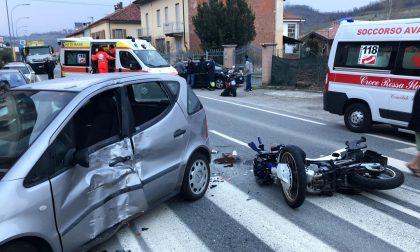 Gravissimo incidente moto contro auto in collina un ferito LE FOTO
