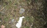 Preservativi abbandonati davanti a scuola