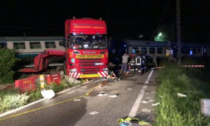 Treno deragliato tra Chivasso e Caluso MORTO MACCHINISTA