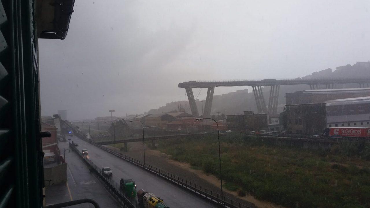 Lutto nazionale per le vittime di Genova, Chivasso abbassa le serrande. E