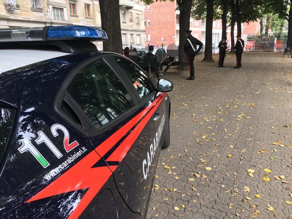 Rapina una ragazza che stava parlando al telefono, arrestato un magrebino di 25 anni dai carabinieri della Compagnia di Torino Oltre Dora.