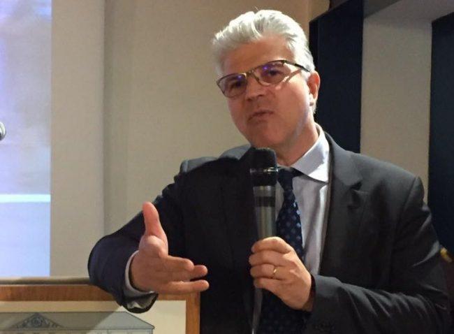 Colpo di scena a Chivasso, Claudio Moretti si è dimesso da assessore