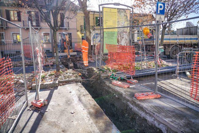 Viabilità a singhiozzo e strade chiuse, tutti i cantieri del teleriscaldamento a Settimo FOTO