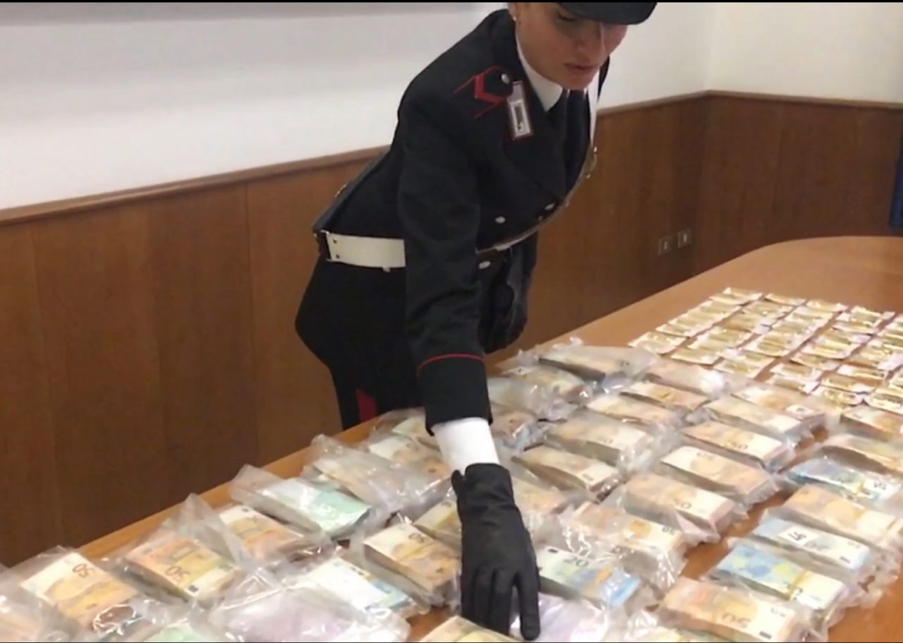 Imprenditore arrestato lingotti d