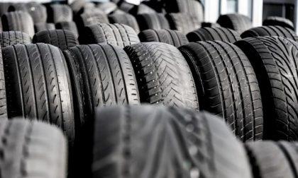 Cambio pneumatici, lunedì 15 giugno è l'ultimo giorno