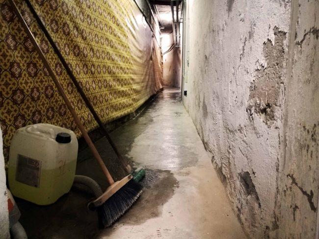 Famulato allagato: un torrente nei sotterranei