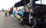 Incendio sulla A4:  pullman completamente distrutto
