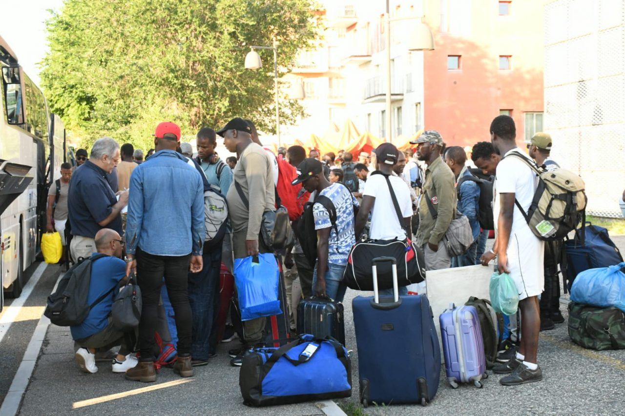 Sgombero ex Moi: 35 persone arrivano a Settimo. La richiesta della Lega e del Movimento 5 Stelle alla sindaca Piastra a seguito delle ultime operazioni previste questa mattina.