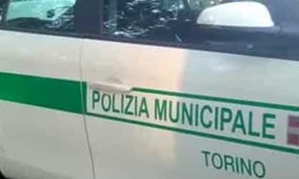 Senza patente scappa all'alt della polizia municipale: maxi inseguimento