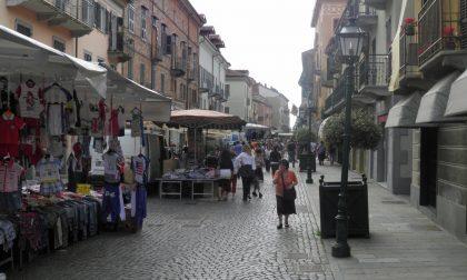 Mercato di Chivasso, domani torna in via Torino: aperto ai non residenti