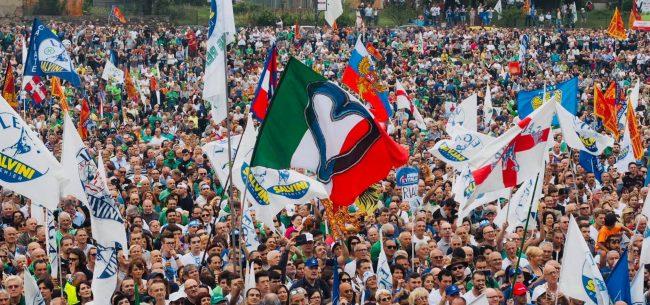 Il raduno di Pontida compatta il popolo leghista