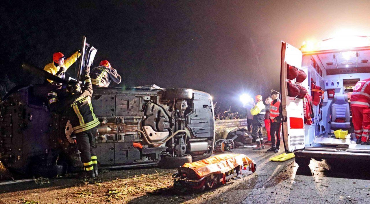 Grave incidente stradale Mezzi Po
