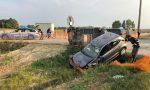 Auto taglia la strada ad un'altra vettura: maxi incidente FOTO e VIDEO