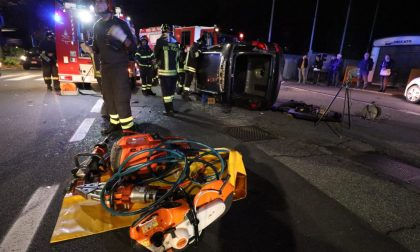Incidente stradale a Settimo, un'auto ribaltata all'incrocio LE FOTO