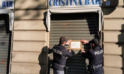 Polizia chiude un bar: dentro troppi delinquenti
