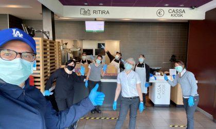 McDonald's dona 1125 pasti agli operatori dell'ospedale LE FOTO