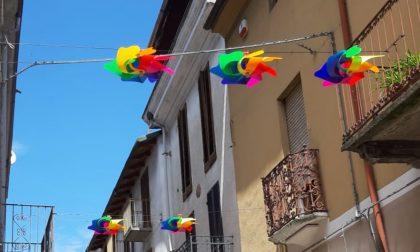 Girandolando, la città si colora per l'estate