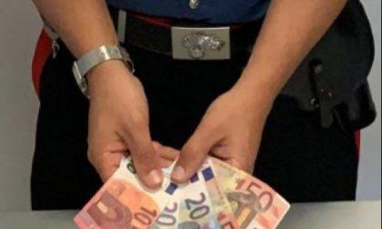 Sostituisce le banconote vere con quelle false: colf arrestata